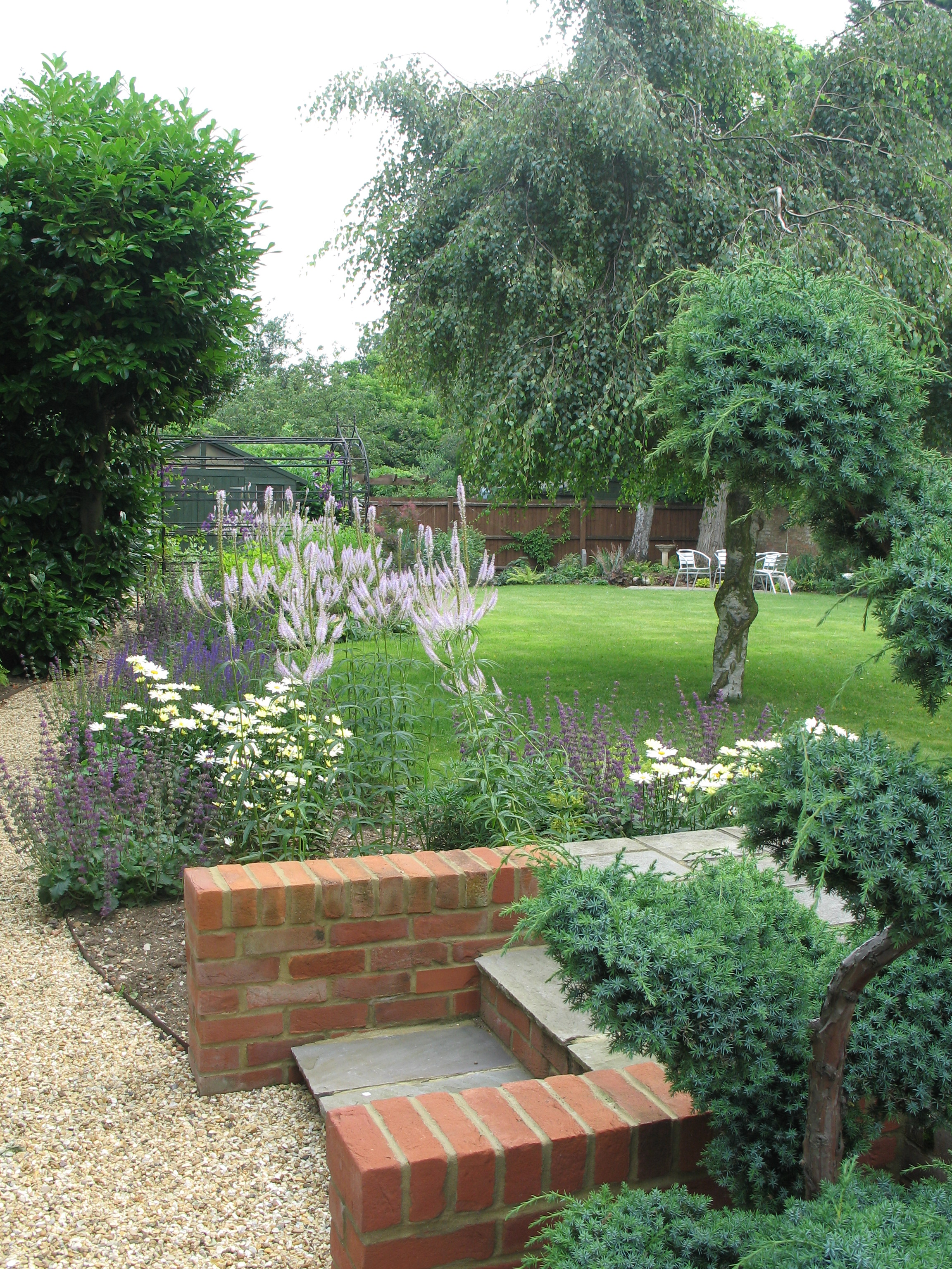Pictures karen tizzard garden design for Garden design hertfordshire